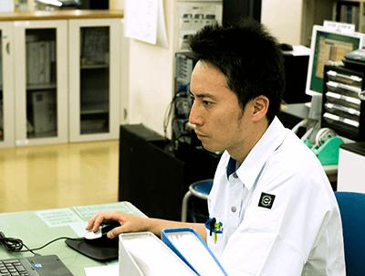 製品部チーフデザイナー 2003年入社 J.Y.さん